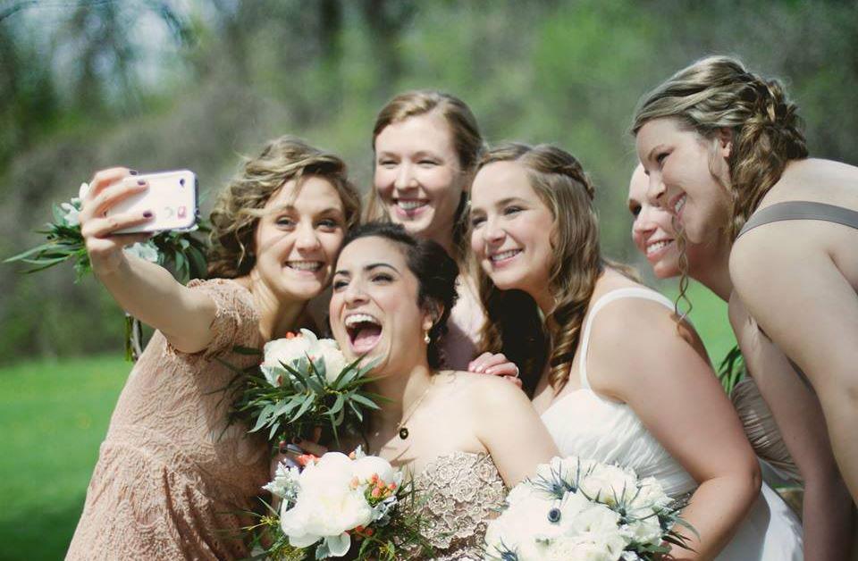 social wall wedding