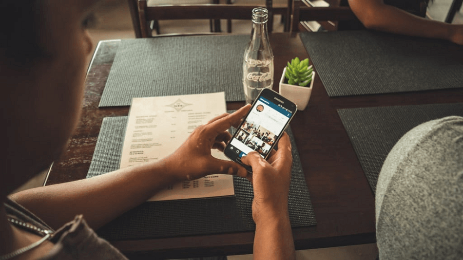 Embed Instagram Business Feed