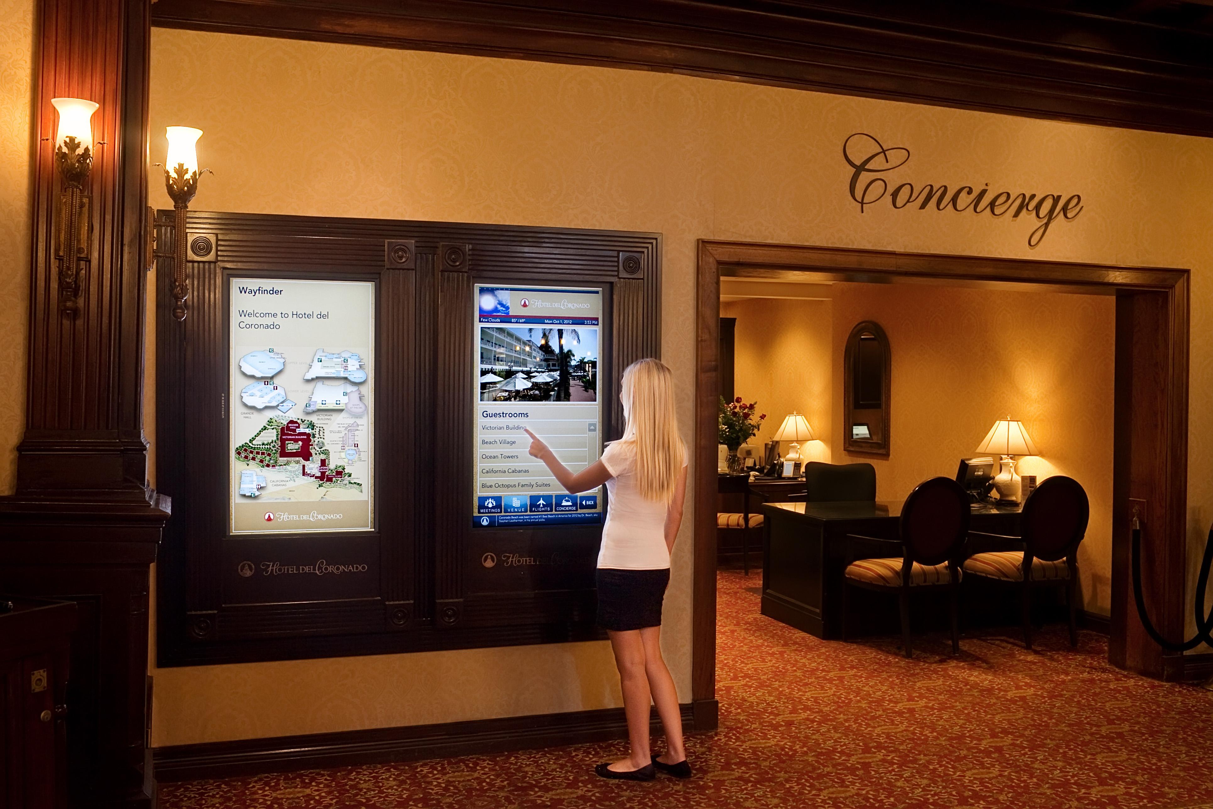 hotel digital signage solutions